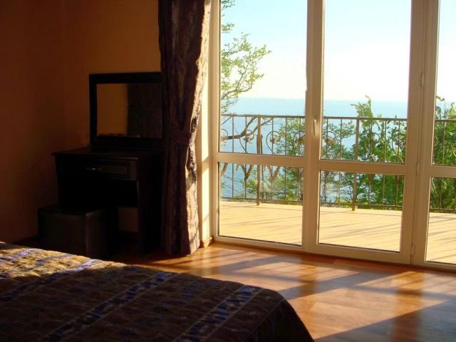 Жемчужина Кавказа-2, отель. 11.номер с видом на море