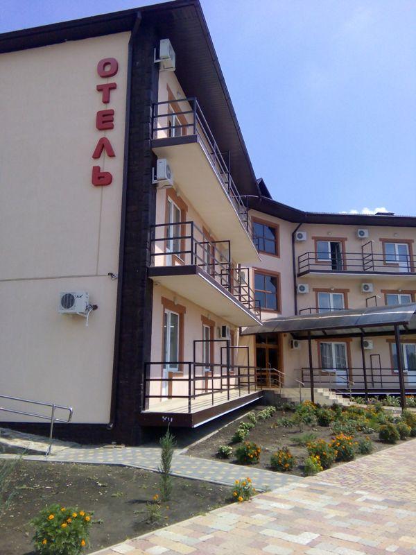 Тет-а-Тет, отель в Афипской. 02